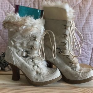Soda lace up faux fur lace up boots